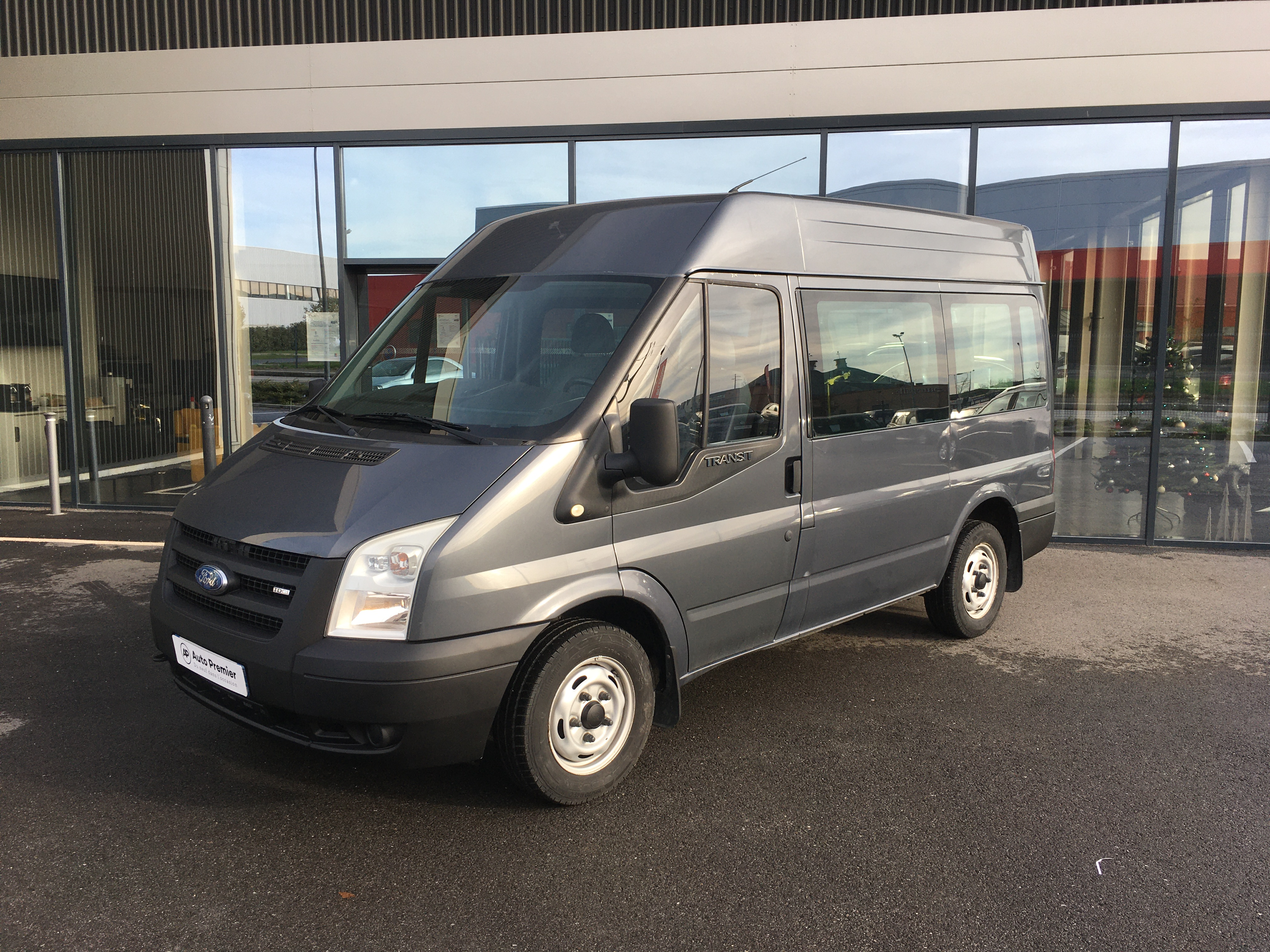FORD - TRANSIT FOURGON- Ford Transit 2.2 TDCI PERSONNES MOBILITE REDUITE